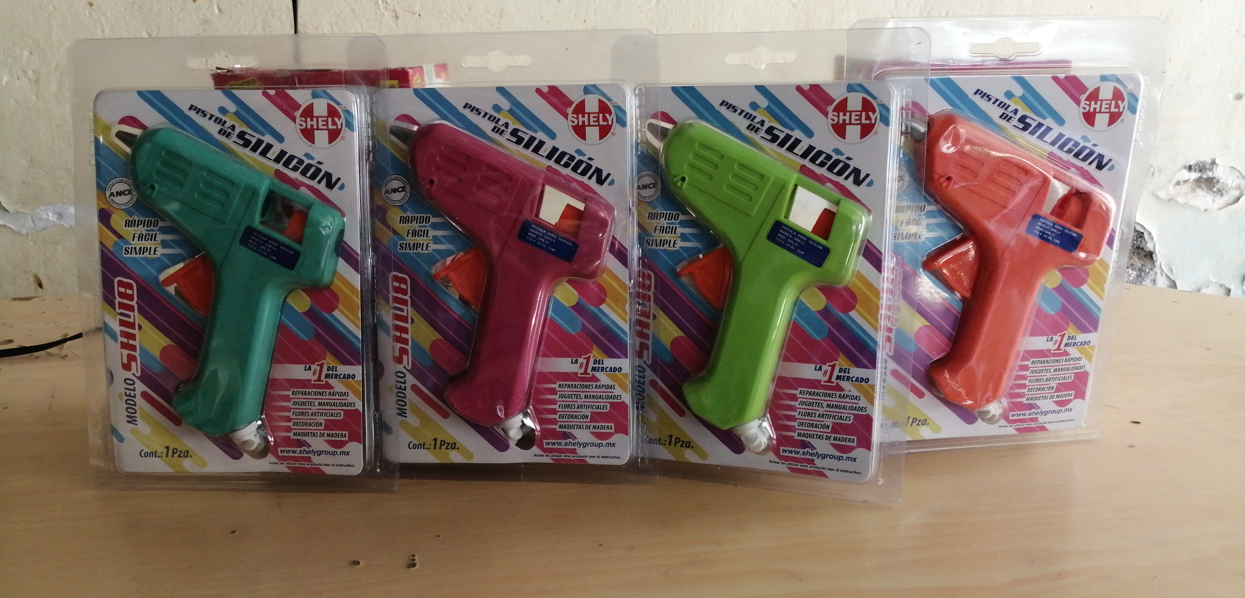 PISTOLA COLOR SILICON SHELY 40012